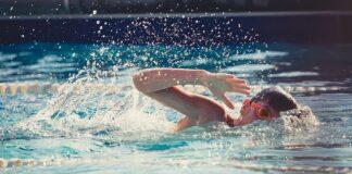 co jest potrzebne dziecku do pływania?